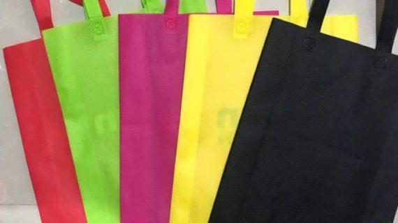 Kurangi Plastik Dengan Menggunakan Tas Go Green